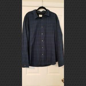 DKNY dress shirt. Blue and Black size XXL